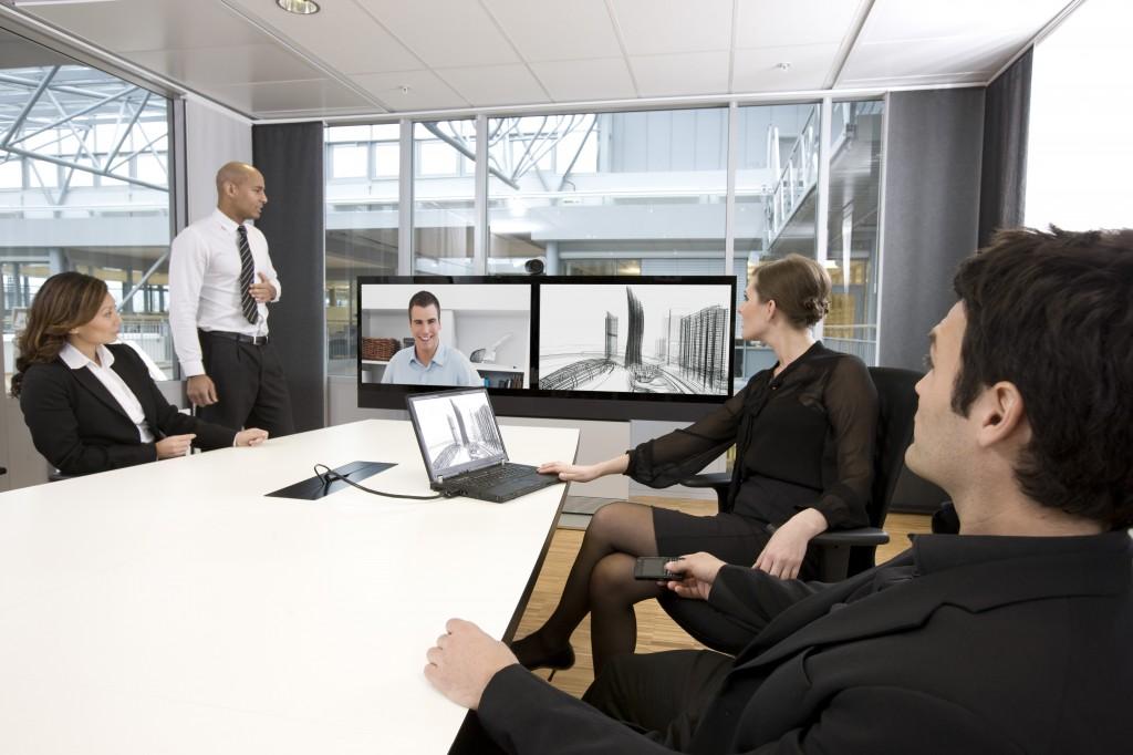 Beräkna företagsnyttan av videokonferens